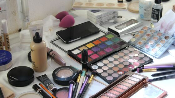 Bang on Trend Fashion Makeup short makeup course - Centre Stage Makeup Studio East Sussex